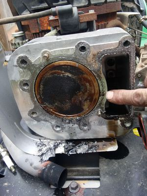 Blown head gasket mkbile repair riding mowers for Sale in Tacoma, WA