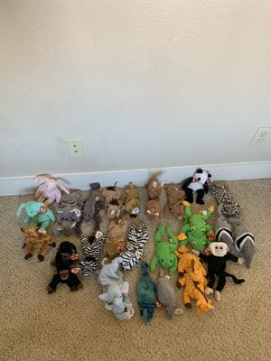 TY Beanie Baby Lot, 30 Zoo Animals for Sale in Tempe, AZ