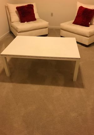 White coffee table for Sale in North Potomac, MD