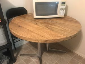 Round Wooden kitchen table for Sale in St. Louis, MO