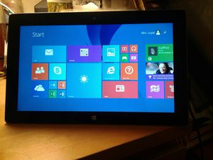 MICROSOFT SURFACE RT TABLET 8.1 for Sale in Berkeley, CA