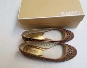 NEW! Michael Kors Sz 9 Leather Ballet Flats for Sale in New Berlin, WI