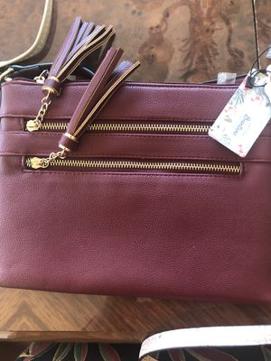 Women's Maroon Zip Pocket Messenger Bag With Shoulder Strap for Sale in Whittier, CA