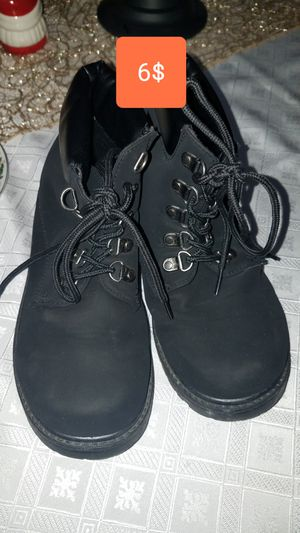 Girls Boots like new for Sale in GLMN HOT SPGS, CA