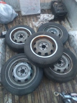 Volvo wheels and tires for Sale in Wenatchee, WA