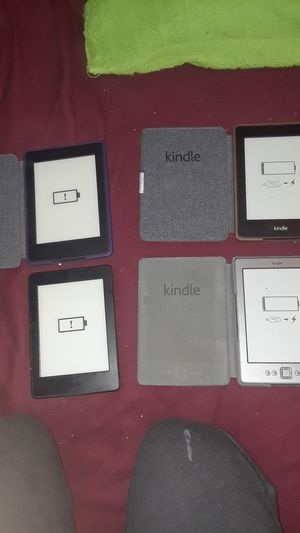 Kindle paperwhite for Sale in Trout Valley, IL