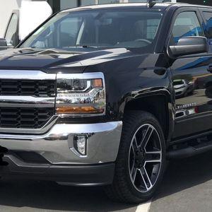 2018 Chevrolet Silverado 1500 for Sale in Fresno, CA