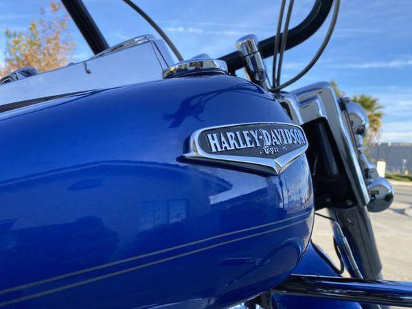 2007 Harley-Davidson FLHRC Road King Classic