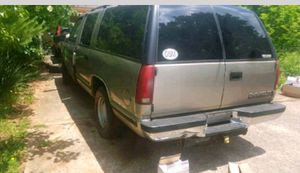 PARTS Chevy GMC Suburban Silverado Yukon Tahoe Siera Escalade for Sale in McDonough, GA
