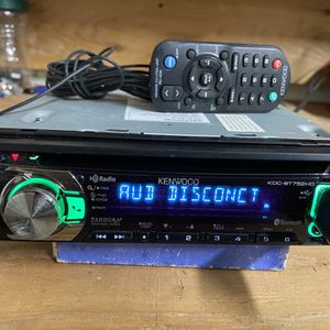 BLUETOOTH KENWOOD STEREO for Sale in Canby, OR