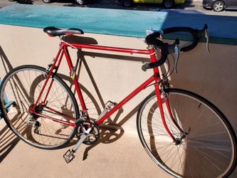 KHS roadbike size 58cm for Sale in Downey,  CA