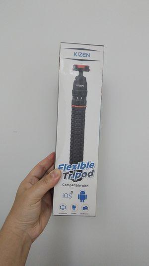 Flexible Tripod w/ Remote Shutter for Sale in Alhambra, CA