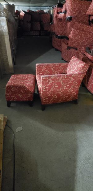 Lounge chair for Sale in Portland, OR