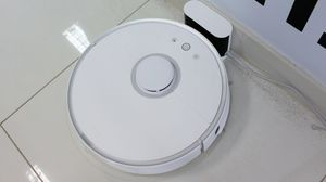 Roborock S5 Robotic Vacuum and Mop Cleaner for Sale in Washington, DC