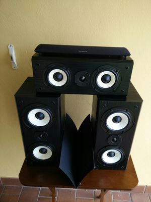 Onkyo speakers..near mint!! Front left and right and center channel. Sound awesome..near mint!! 130 watts @ 8 ohms for Sale in Miami, FL