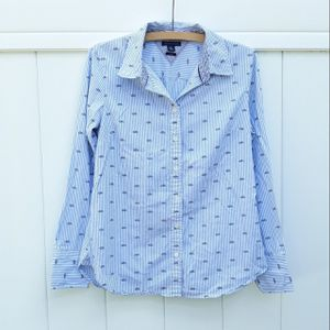 Tommy Hilfiger Dress Shirt Blouse Size Medium Great Condition for Sale in Bartow, FL