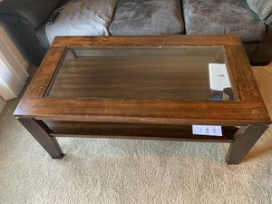 Coffee table for Sale in Piedmont, SC