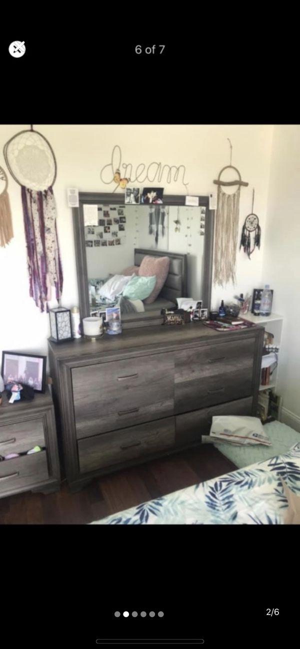 Queen bedroom 3pc. set + memory foam mattress