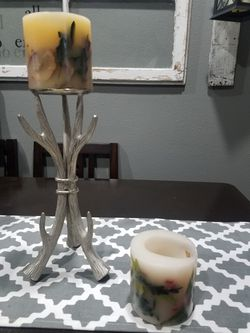 Antler holder and two candles lonenburger have gone with candle inside for Sale in East Peoria,  IL