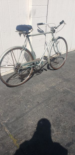 Vintage schwinn word tourist Men's Bike for Sale in Stanton, CA
