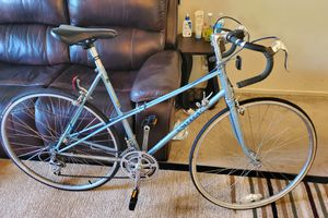 """Road bike 27"""" rims and Large frame for Sale in San Leandro, CA"""