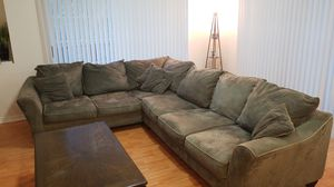 Forrest Green L Sectional Couch for Sale in Tampa, FL