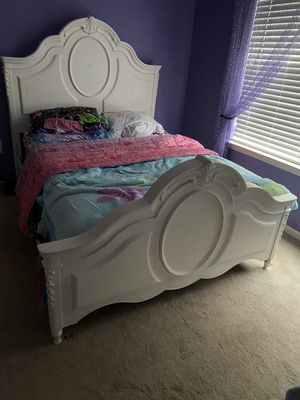 All white full bedroom set w/ mattress and box spring for Sale in Canton, MI