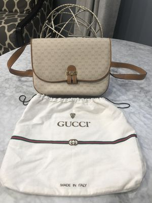 AUTHENTIC VINTAGE GUCCI for Sale in Schaumburg, IL