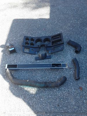 1985 gmc/chevy parts for Sale in Marysville, WA