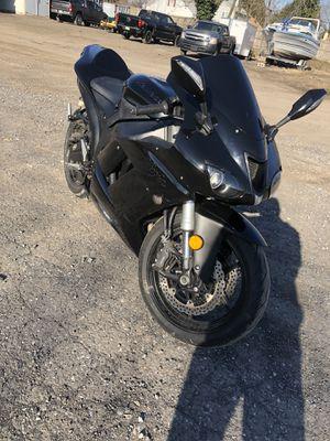 07 Kawasaki ninja zx6r Motorcycle for Sale in Newportville, PA