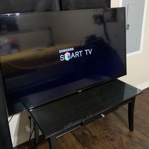 Samsung Smart Tv 50 Inches for Sale in Mansfield, TX