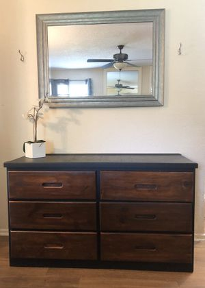 Dresser for Sale in Crowley, TX