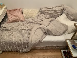 Twin mattress and box frame! Bedding not included. for Sale in New York, NY