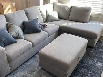 """114"""" Heather Grey Couch with Ottoman (Brand new!) for Sale in Denver,  CO"""