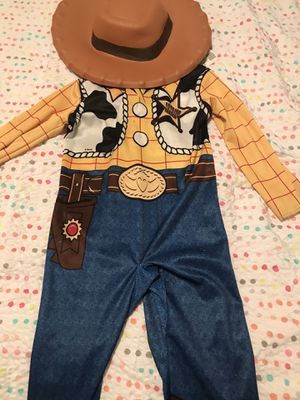 3-4t woody costume from toy story for Sale in Brandon, FL