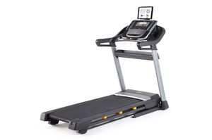 NordicTrack C990 Treadmill for Sale in Fort Lee, NJ