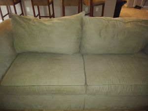 Sitting beautiful couch with stain guard for Sale in Cape Coral, FL