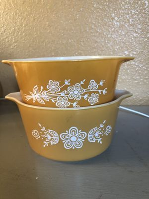 Vintage pyrex 473 1qt and 473 B for Sale in Riverbank, CA