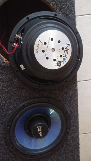 """2 10"""" subwoofers for Sale in Lancaster, PA"""