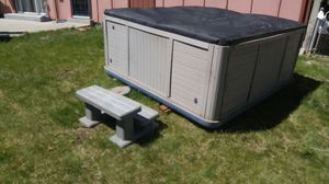 """Now Half Price 6' X 8"""" Hot Tub for Sale in Commerce City, CO"""