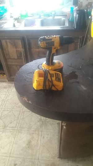 Dewalt drill battery and charger for Sale in UPPR MARLBORO, MD