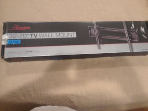 32' - 70 Rockfish TV Wall Mount for Sale in Montgomery, AL
