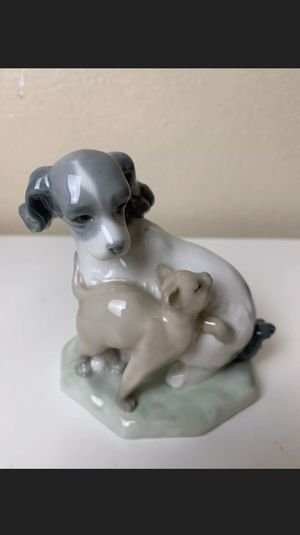 "NAO LLADRO PORCELAIN FIGURINE ""DOG AND CAT IN HARMONY"" #1048 for Sale in Chino Hills, CA"