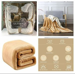 NEW Plush Luxurious Sherpa Fleece Throw Blanket - Honey / Camel Color for Sale in San Angelo, TX
