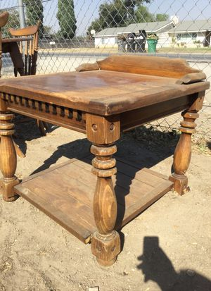 Wooden End Table for Sale in Chino, CA