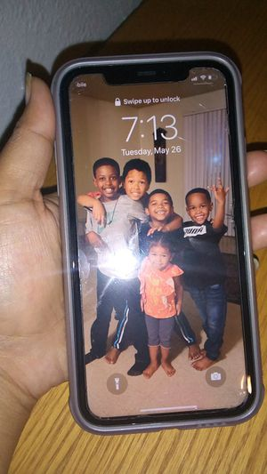 Iphone11 at&t for Sale in Fresno, CA