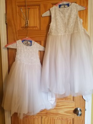 Pippa & Julie 2 flower girls dresses sizes 4 &6x for Sale in Wood Dale, IL