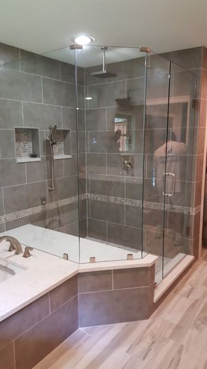 FRAMELESS SHOWER UNITS, FRAMED ,SLIDERS,MIRRORS. for Sale in Dallas, TX