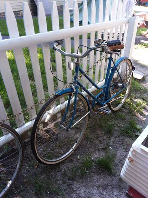 Bike, older Schwinn 3 sp for Sale in Lowell, MA