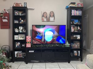 TV stand and 2 bookshelves for Sale in Hialeah, FL